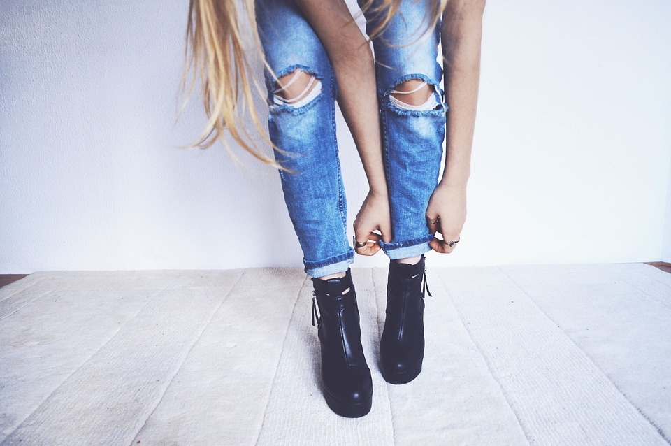 Soldes chaussures sur Sarenza.com : notre sélection des plus beaux modèles en soldes Jonak, Converse et San Marina à prix cassés !
